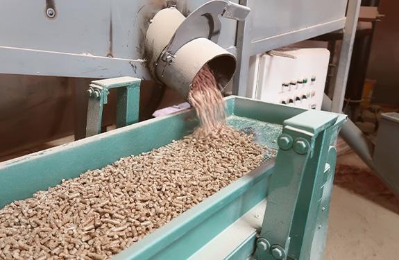 Energy efficiency in feed factories